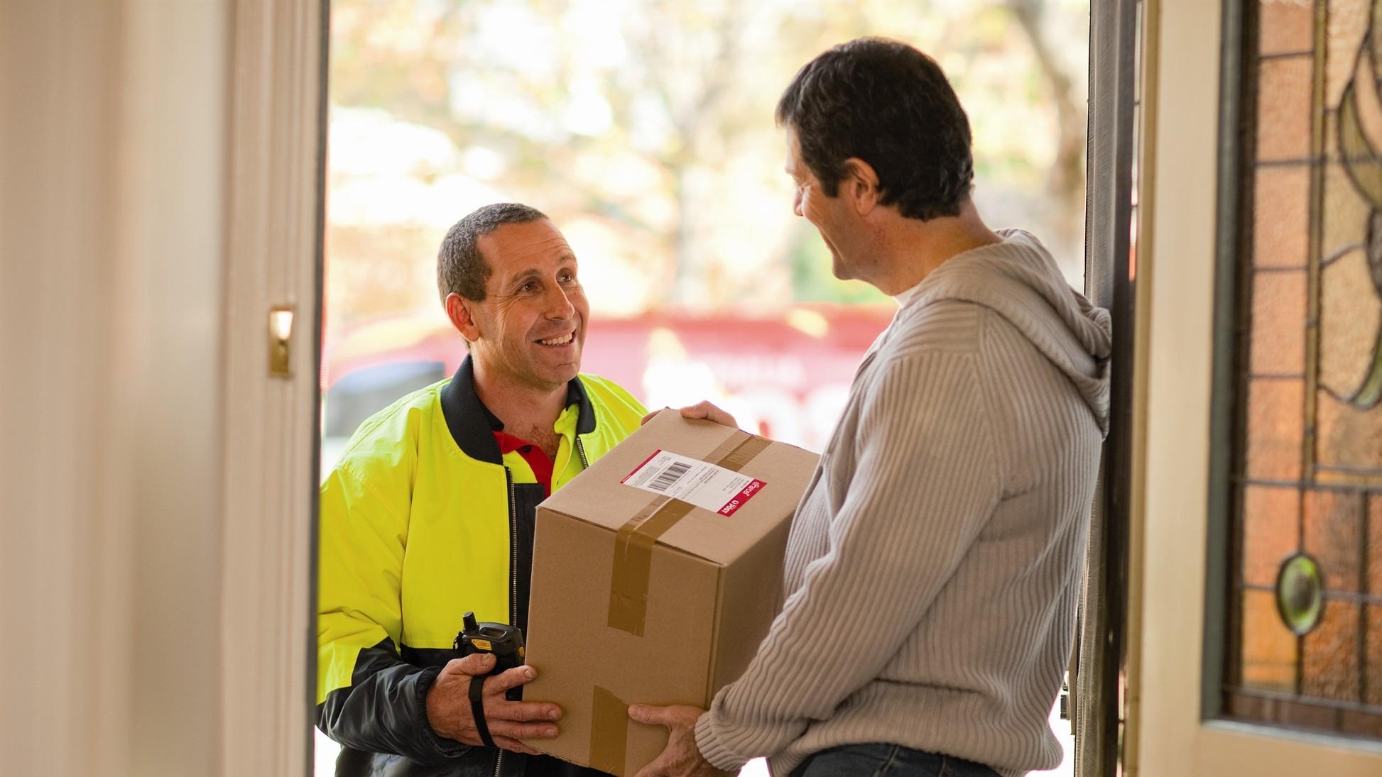 个人邮递物品到国外 进口税 行邮税 关税 国际快递 鹿跃国际快递 国际运输